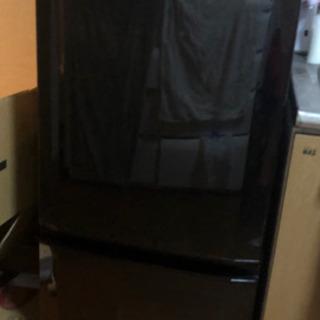 三菱ノンフロン冷凍冷蔵庫 MR-P15W-B形 2013年製