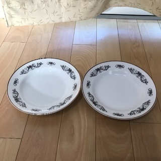 142、昭和レトロなyamasei CHINAの皿  2枚