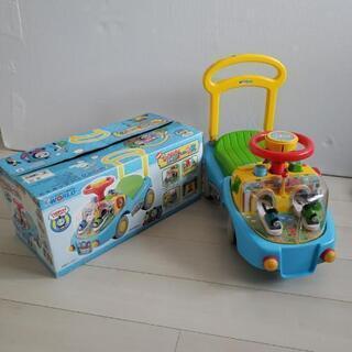 トーマスの乗り物玩具を譲ります。