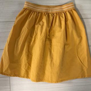 【試着のみ】ユニクロ マスタード色 スカート 130cm ペアコーデ
