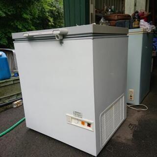 業務用?家庭でも!三ツ星貿易製・VF→181・冷凍庫