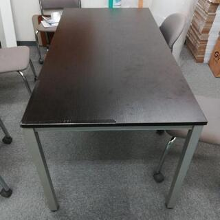 テーブルデスク