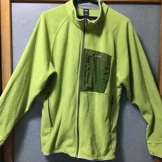モンベルのフリースジャケットです。