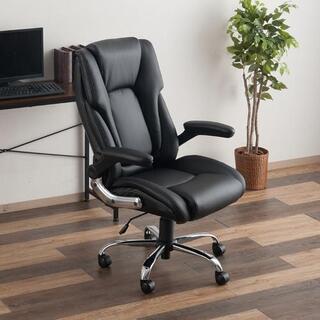 社長椅子! 新古品仮組戻してます。