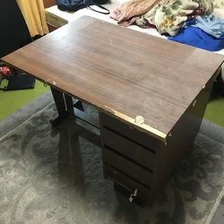 机 ブラウン 木製 丈夫ですの画像