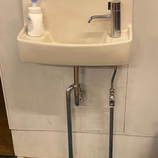 水栓 2年使用 取り外す費用別当(水道業者を手配ください。)