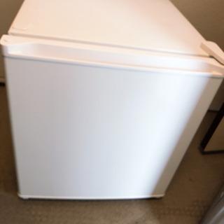 2017年製冷蔵庫 50L 小型