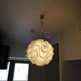 7/14まで引取可能な方!民泊で1年程度使用したシーリング照明5...