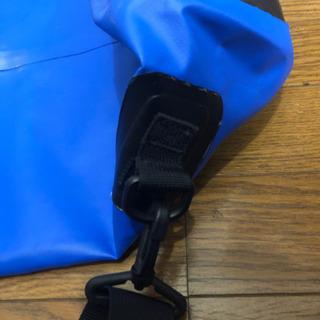 筒形防水バッグ20L(未使用品) − 千葉県