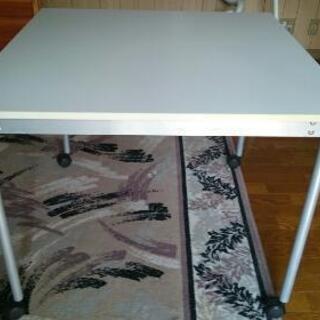 テーブル(再値下げしました)