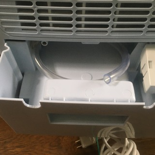 2019年製 NEOLEAD 除湿機(コンプレッサー式・除湿力8L・現行品) - 家電