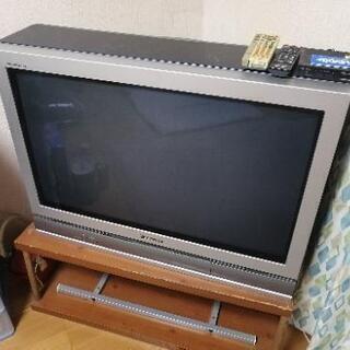 ブラウン管テレビに地デジチューナー付で差し上げます( ノ^ω^)ノ