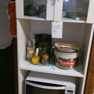 食器棚です