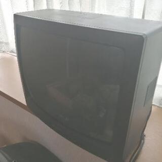 ブラウン管テレビに地デジチューナー付で差し上げます(*>ω<*)σ