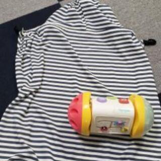赤ちゃんおもちゃ&日除けケープ