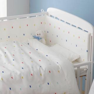 蛯原英里さんプロデュース 赤ちゃんのぶつかり防止に使えるベッドガード。