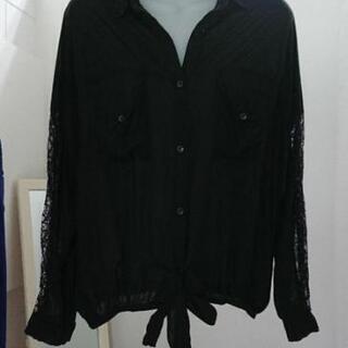 袖レースデザイン◇シンプルシャツ◇Mサイズ