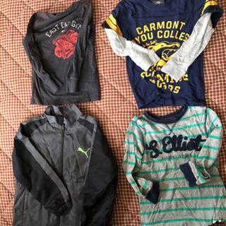 男の子用の服の画像
