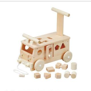 手押し車 汽車 木のおもちゃ