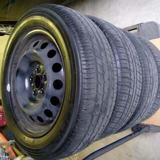TOYOTAシエンタ170から外したタイヤ 185 60 R15...