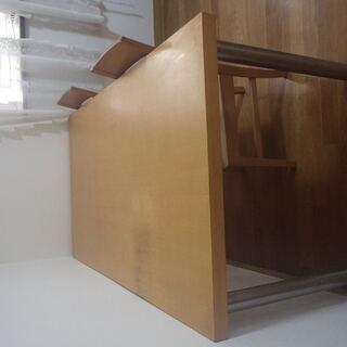 一枚板の作業台(大) 足は取り外し可能です。