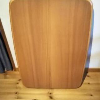 【交渉中】折り畳みテーブル 幅90☓奥行60☓高さ32/37