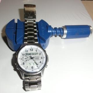 カシオソーラー電波腕時計LINEAGE LCW-M300