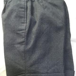 フォーマルなズボン130サイズ