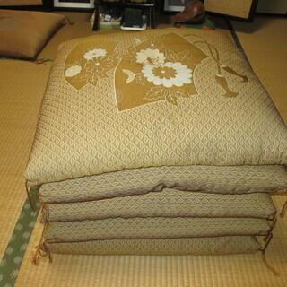 来客用、和室、法事用 座布団(美品)5枚セットでお譲りします。