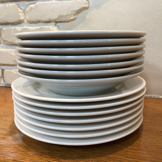 25.5cm お皿 4枚  パスタ皿 4枚