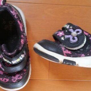 13.5㎝EE  子供靴 OSHKOSH