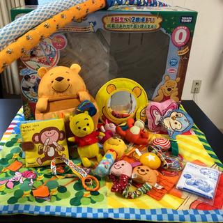 プーさんへんしんジム+赤ちゃん玩具