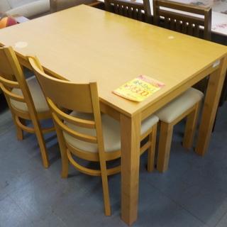 ID:G931083 食卓4点セット(テーブル×ベンチイス×椅子2脚)