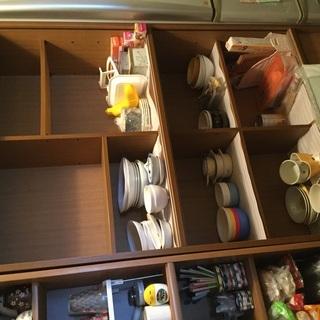 食器収納 又は書棚