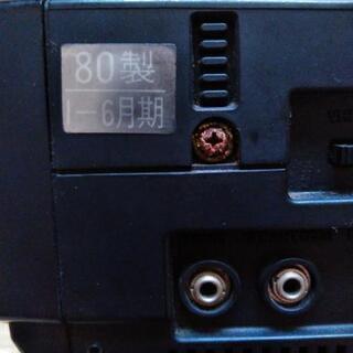 古い小型テレビ2台 − 千葉県