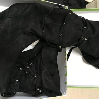 レディース サンダルとブーツの画像