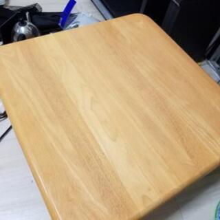 テーブル(無料です)