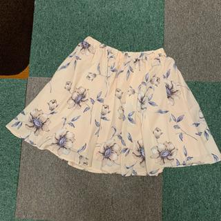 セシルマクビー 花柄スカート