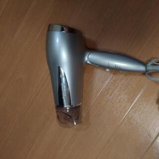 ドライヤー(KOIZUMI KHD-1385)