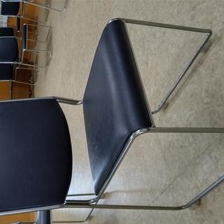 HIKARI 椅子