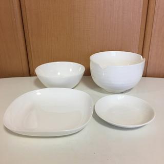 白い食器 4個まとめて
