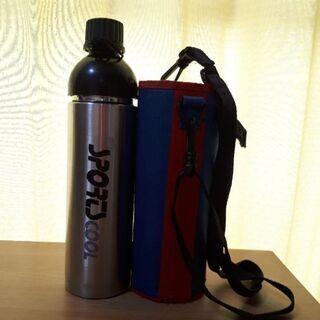 水筒とケース