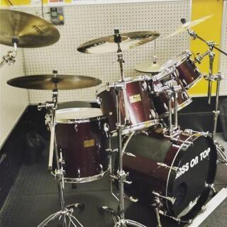 ドラムを叩きたい人へ!