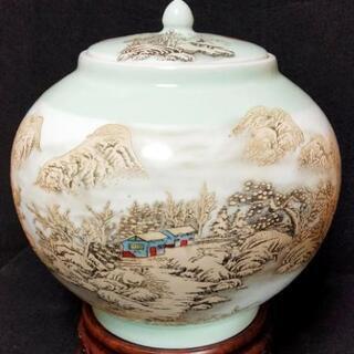 中国骨董品 陶磁器 蓋つき大壺 乾隆年製 伝世品 寂静した雪山の...