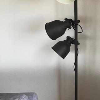IKEA フロアランプ 3スポット
