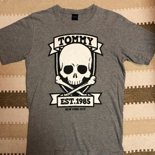 TOMMY  トミー Tシャツ 2枚目