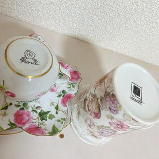 薔薇のティーカップ