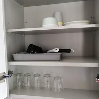 7/14まで引取可能な方!民泊で1年程度使用した食器とゴミ箱★美...