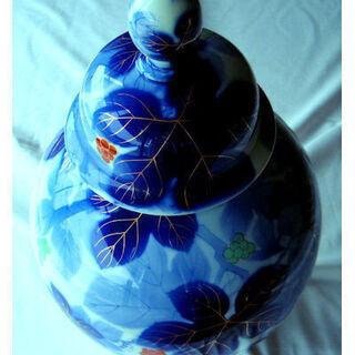 深川製磁 有田焼 宮内庁御用達 花瓶/花器 金彩葡萄柄花瓶 蓋付壺