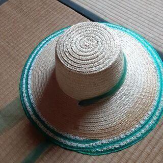 麦わら帽子 三個